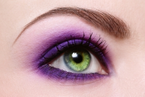 use any shade of purple makeup to make green eyes stand