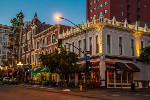 Restaurants in Gaslamp District of San Diego