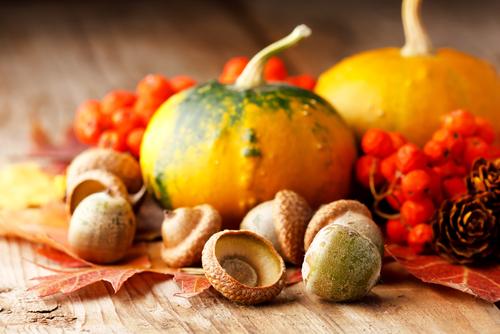Decor for fall entertaining - pumpkins and acorns
