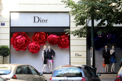 Christian Dior store front