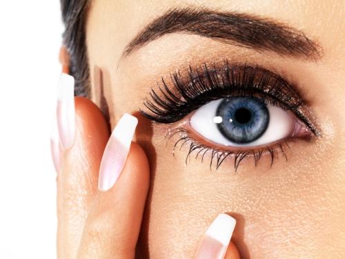 Vine-Vera-Winter-Makeup-Tips