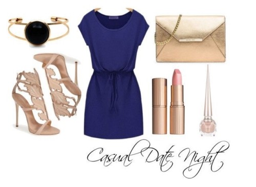 Casual dining dinner outfit ideas.