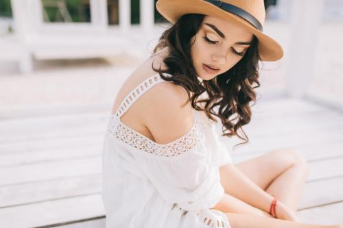 Vine vera banner presents Summer Style That Works In Cool Weather